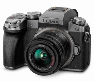Panasonic LUMIX DMC-G7KS Mirrorless Camera (16 MP)