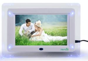VN Stores 7 Inch Digital 2000 Photos Display Frame